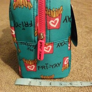 """Betsey Johnson Bags - Betsey Johnson """"French Fries"""" 🍟 Lunch Tote NEW"""